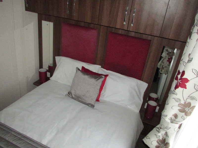 2017 Victory Grovewood static caravan double bed