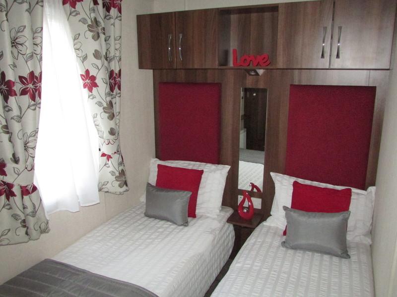 2017 Victory Grovewood static caravan twin bedroom