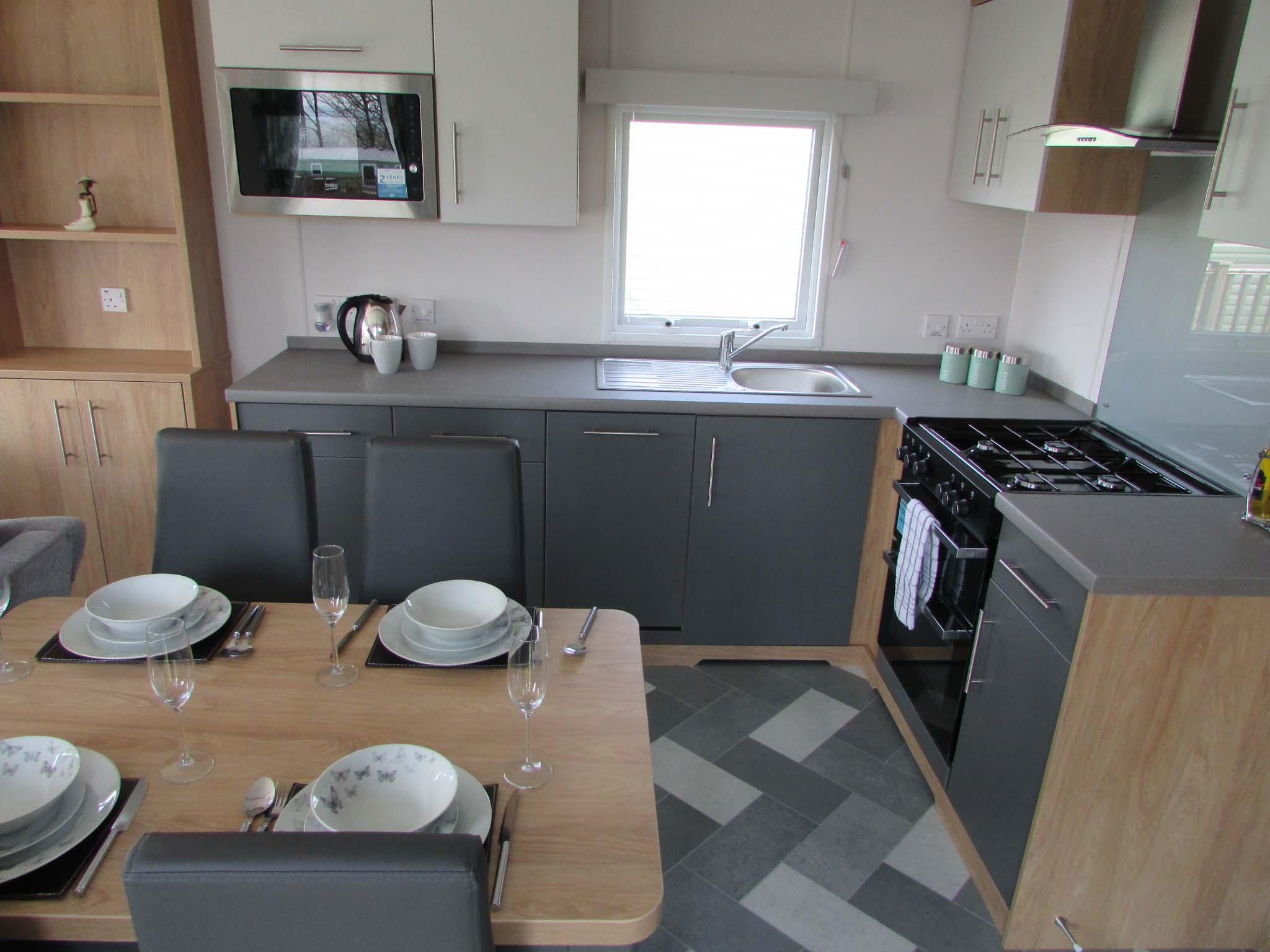 Carnaby Silverdale 2021 kitchen